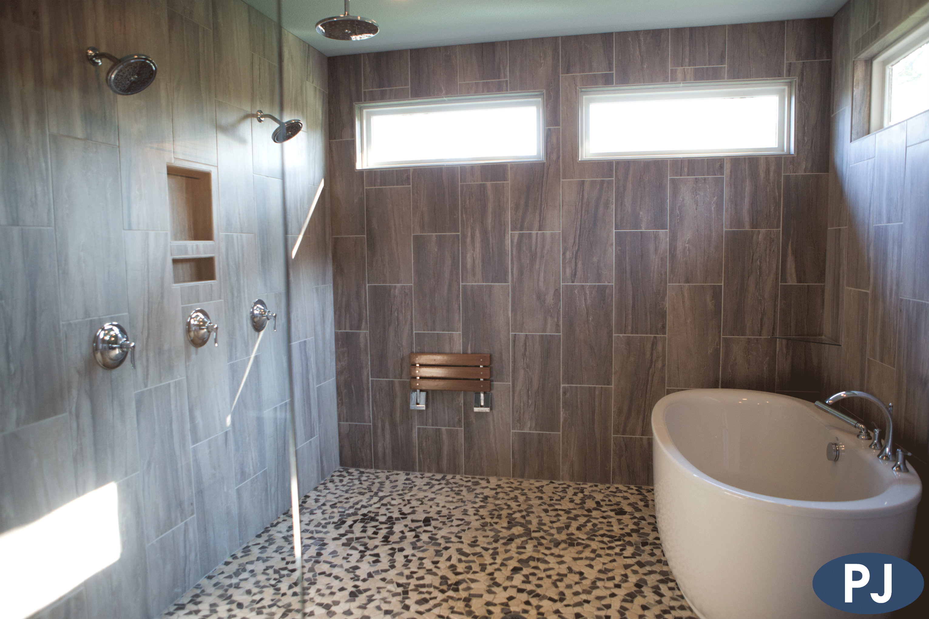 Burton Custom Shower